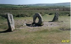 Men An Tol Standing Stone, Cornwall